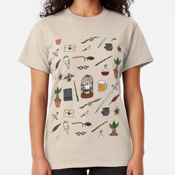 Owl and wand Classic T-Shirt