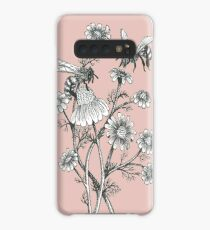 bees and chamomile on dusty pink background Case/Skin for Samsung Galaxy