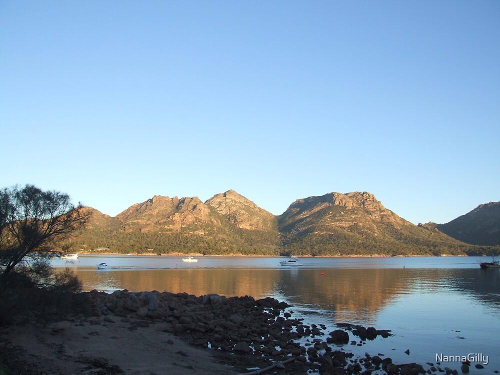 Coles Bay, Freycinet National Par, Tasmania, Australia by NannaGilly