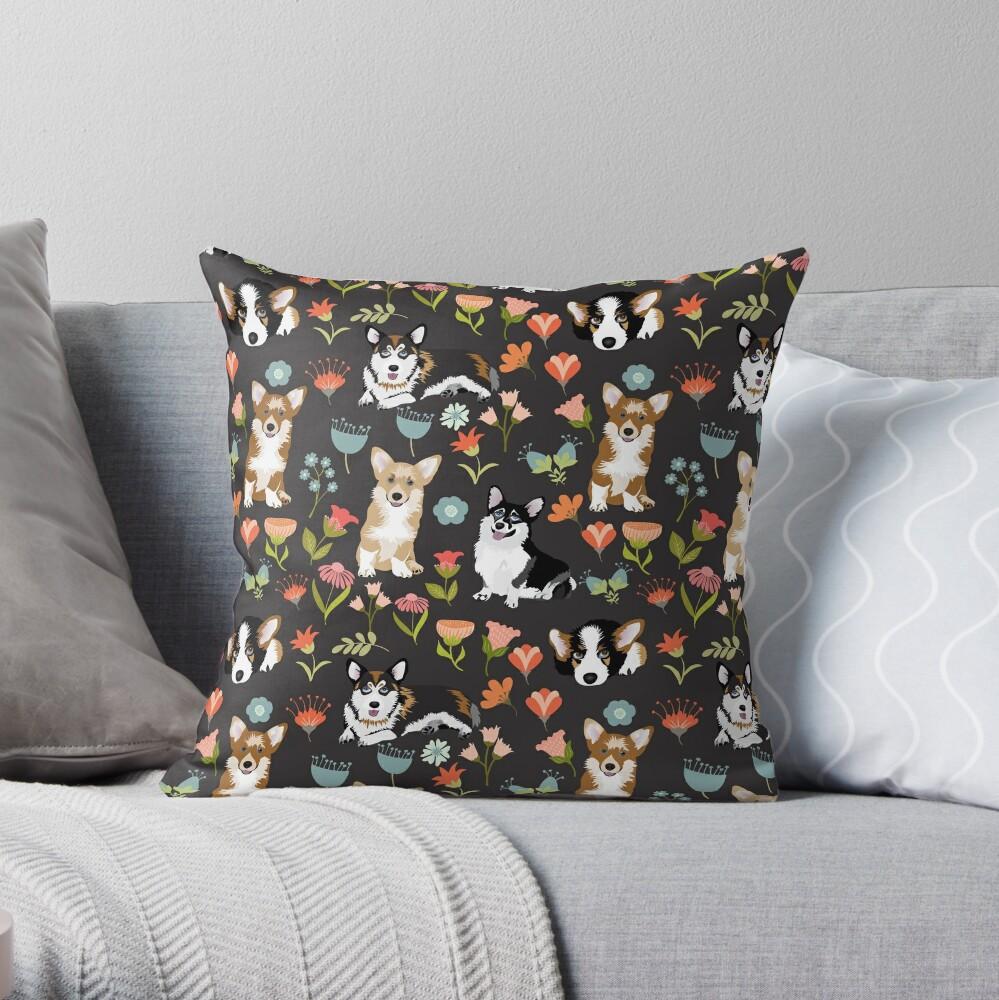Cute Summer Corgi Flower Pattern Throw Pillow