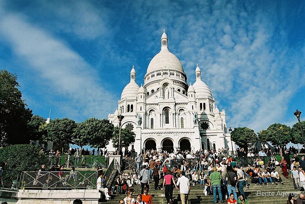 Paris by Bente Agerup