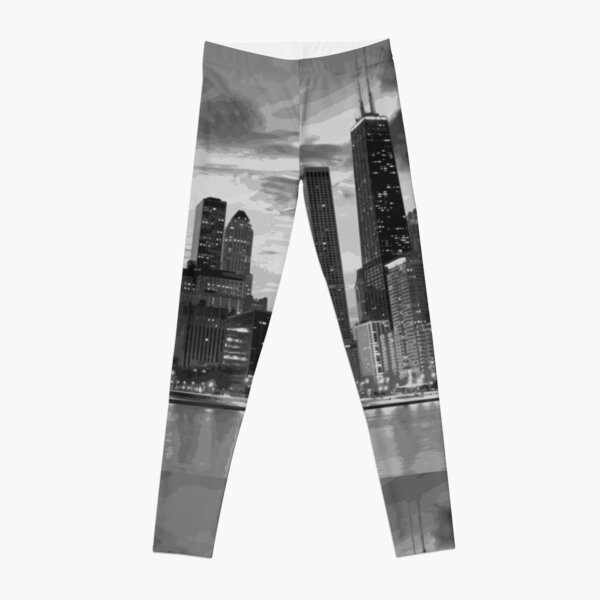 Chicago skyline in black and white Leggings