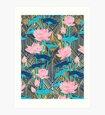 Art Deco Lotus Blumen in Pink & Navy Kunstdruck