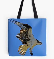 Screaming Osprey Coming In  Tote Bag