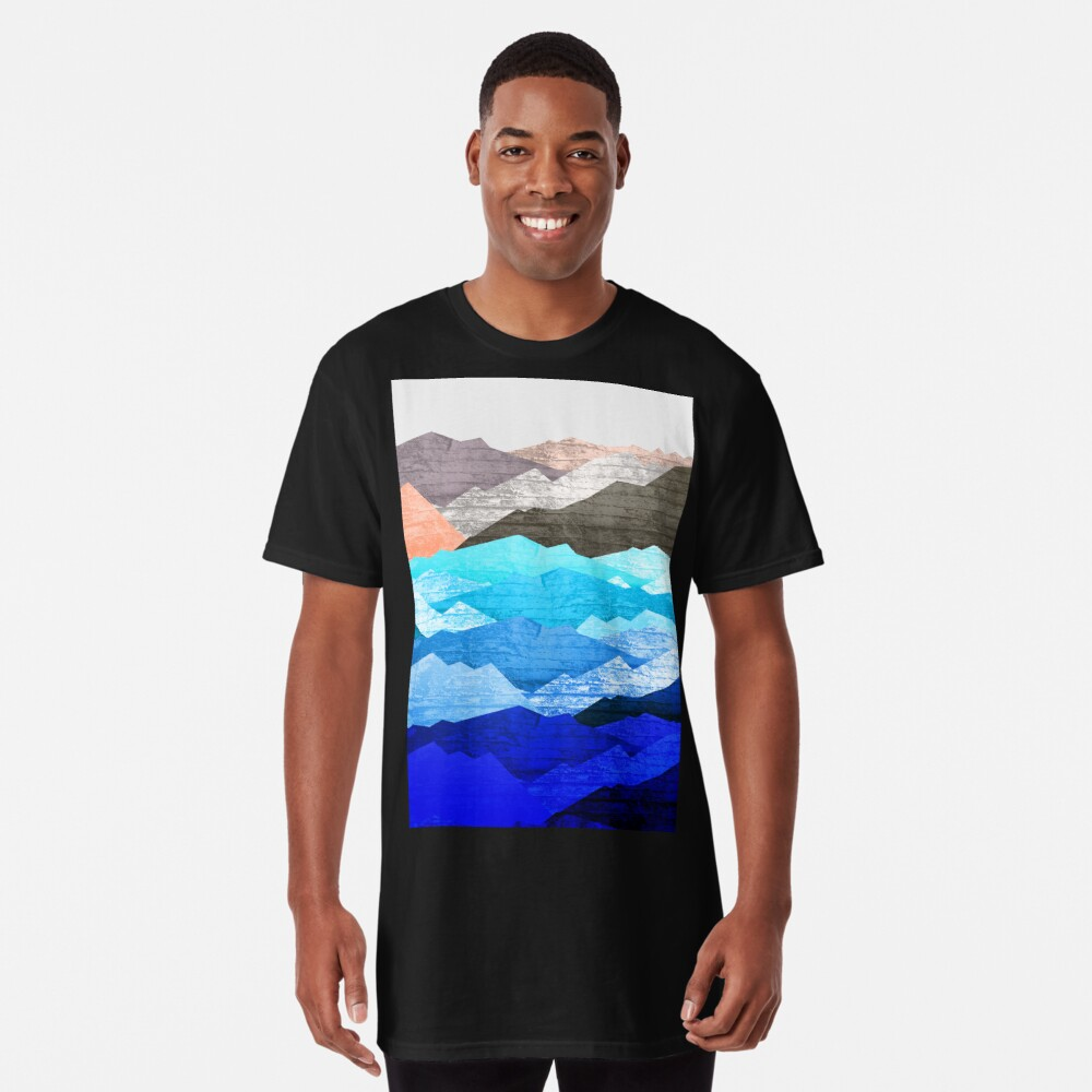 The mountains and the sea  Long T-Shirt