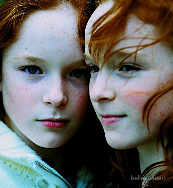 Rachel and Emma by bellestewart