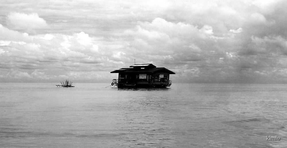 Floating house by kimle