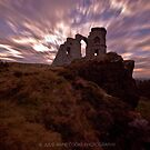 Mow Cop Castle by Julie-anne Cooke Photography
