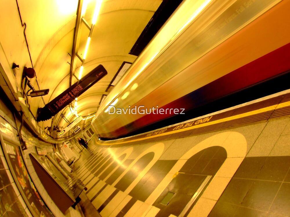 London Underground Color World by DavidGutierrez