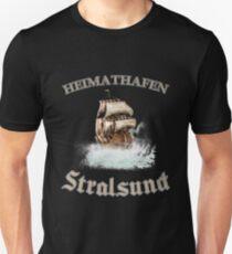 Heimathafen Stralsund Souvenir from the Baltic Sea with anchor Slim Fit T-Shirt