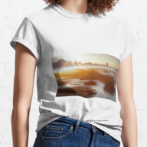 Walk Around the City Classic T-Shirt