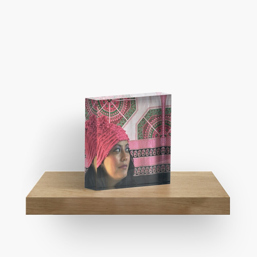 (556) Pink ruches Acrylic Block