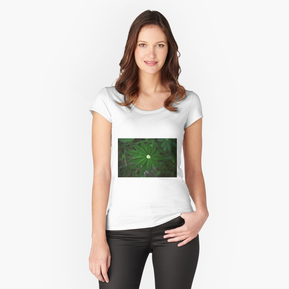 Green leaf with water pond Fitted Scoop T-Shirt