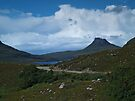 Stac Pollaidh and Loch Lurgainn by WatscapePhoto