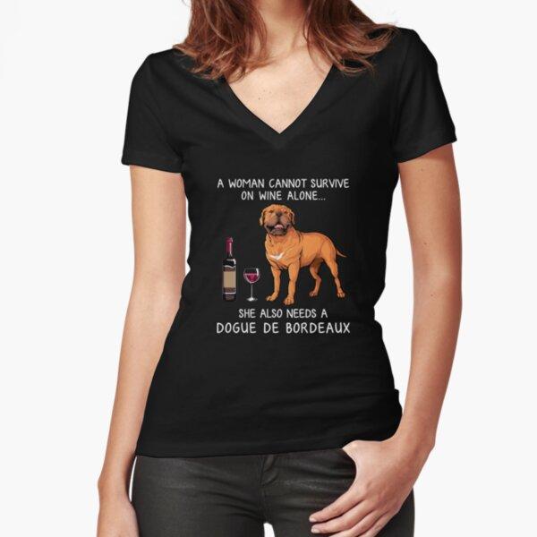 Bordeauxdogge und Wein Lustiger Hund Tailliertes T-Shirt mit V-Ausschnitt