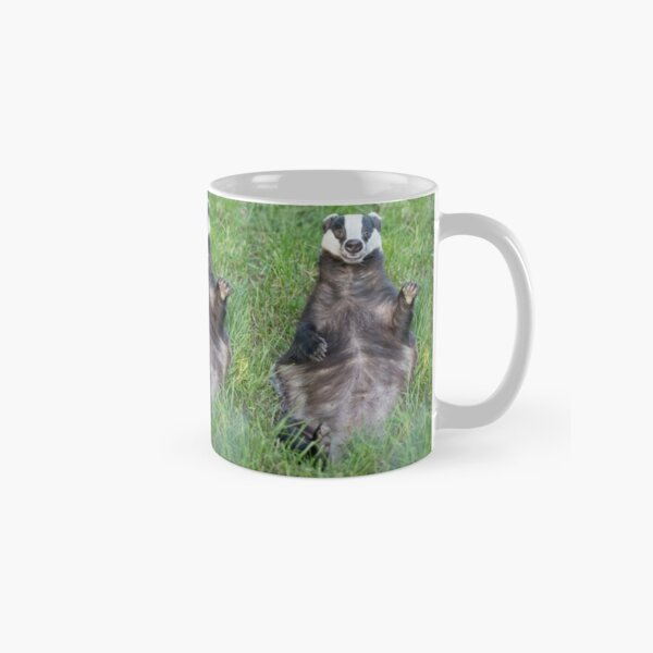Waving badger Classic Mug