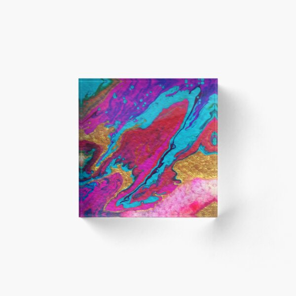 FLOW FAVOURS THE BOLD Acrylic Block