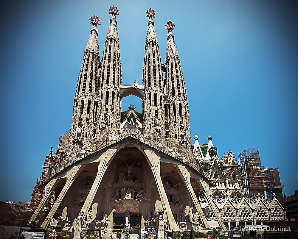 La Sagrada Familia by smilyjay