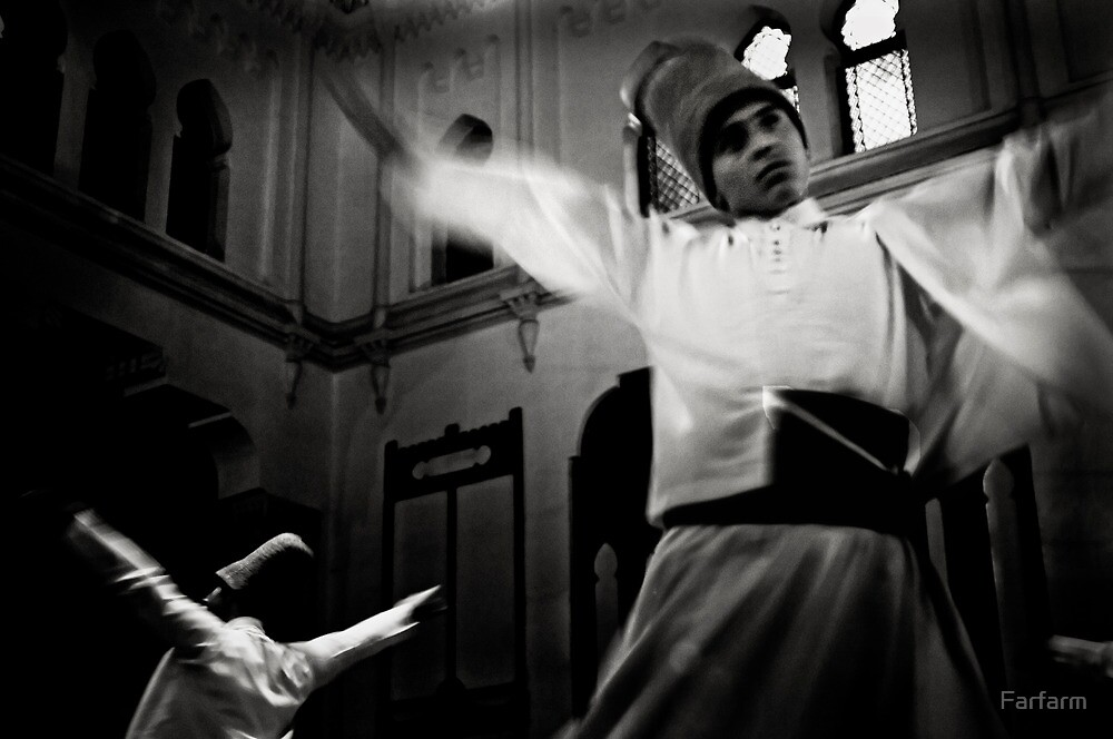 Whirling Dervish dance by Farfarm