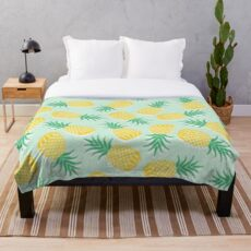 Pinapple pattern design work Throw Blanket
