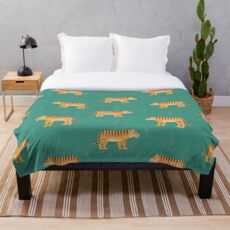 Tigers on blue Throw Blanket