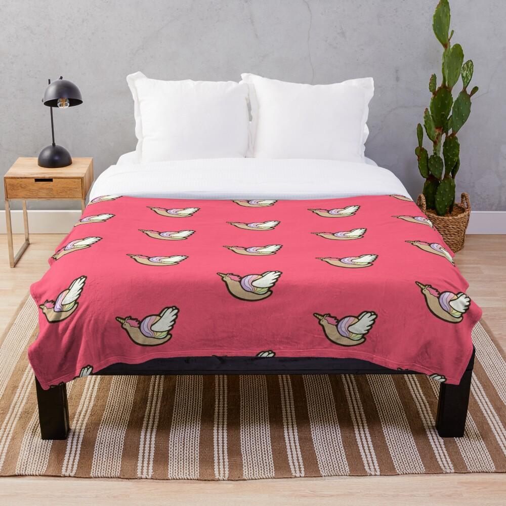 Snailicorn Throw Blanket