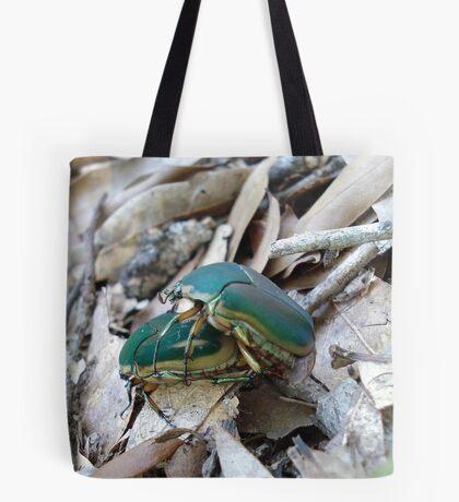 GREEN JUNE BEETLES MATING Tote Bag