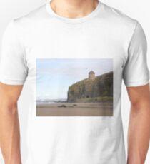 Mussenden Temple (With Railway Tunnel) Co Derry, Ireland   Unisex T-Shirt