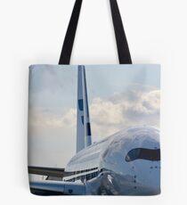 Ein Finnair Airbus A350 Tote Bag