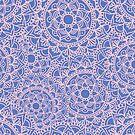 Rosa und malvenfarbenes Mandala-Muster von julieerindesign