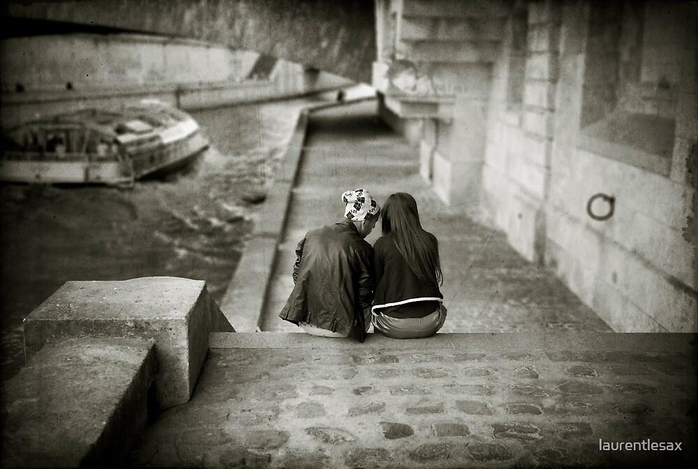 Lovers by the Seine by laurentlesax