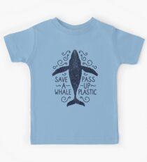 Anti Plastic Whale - Speichern Sie einen Wal Pass Up Plastic Kinder T-Shirt