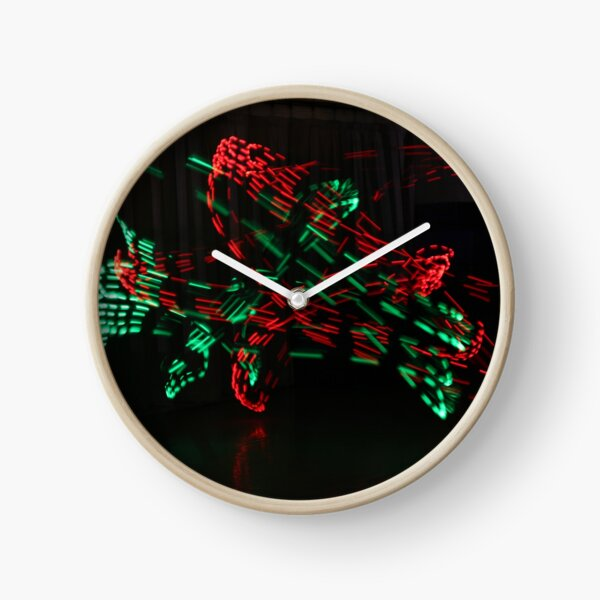 Red and Green Moving Lights Clock
