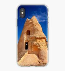 The peculiar church of El Nazar in Cappadocia iPhone-Hülle & Cover