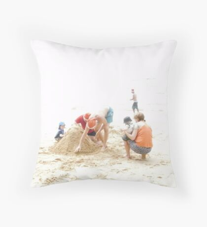 Christmas Day on the beach Throw Pillow