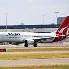 Qantas Boeing 737-800 by Mark  Lucey