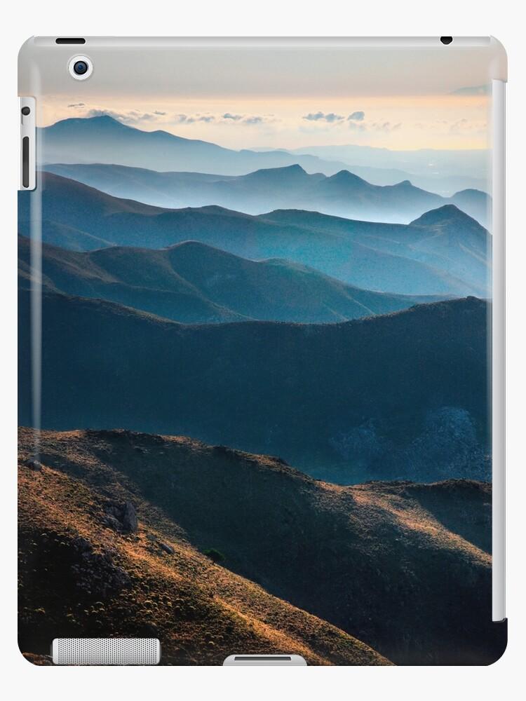 The Asteroussia mountain range by Hercules Milas