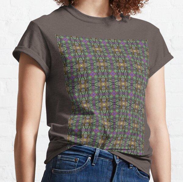 ANCIENT PEAR TREE MANDALA PATTERN Classic T-Shirt