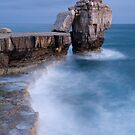 Pulpit rock  in Portland Bill, Dorset, England by Ian Middleton