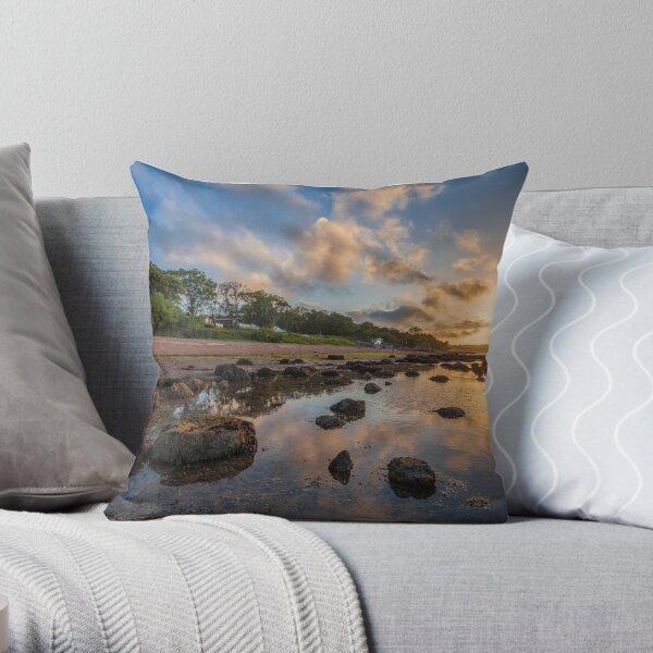 Woodside Lodge Retreat Sunset Isle Of Wight Throw Pillow