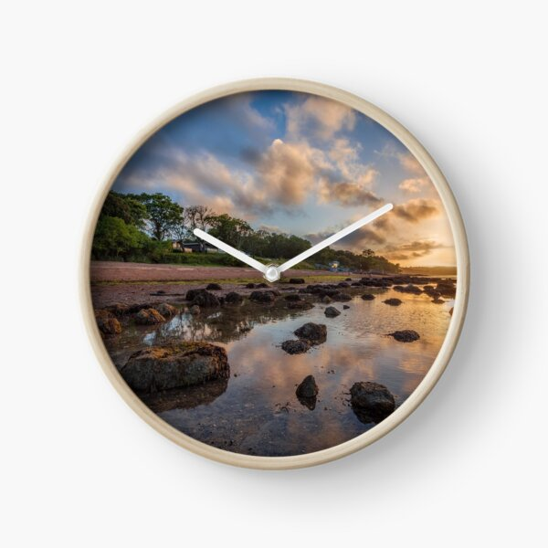 Woodside Lodge Retreat Sunset Isle Of Wight Clock