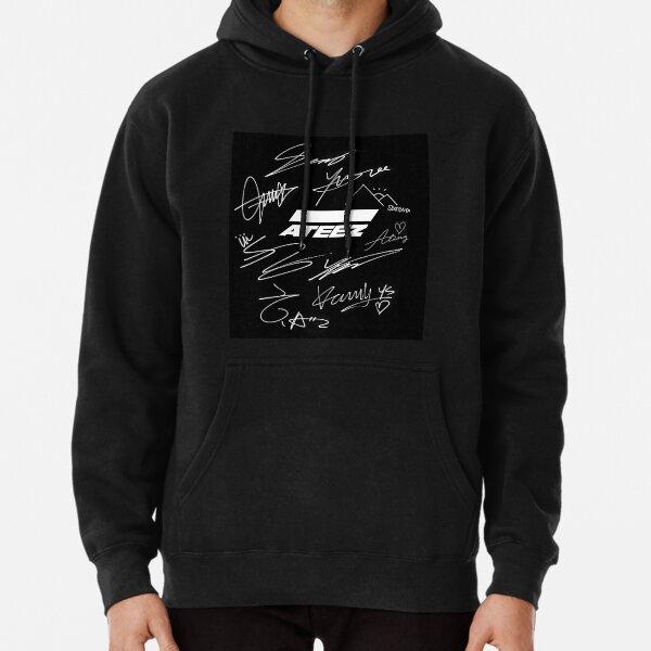 Ateez - logo + signatures - black Pullover Hoodie