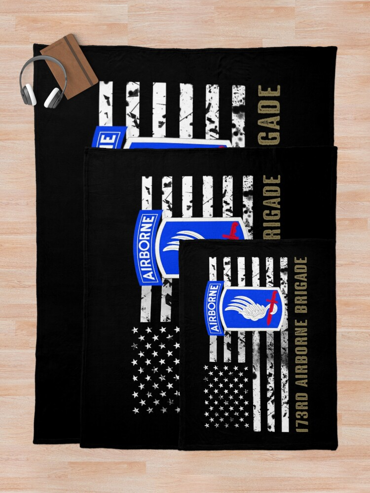 Alternate view of 173rd Airborne Brigade (Distressed Flag) Throw Blanket
