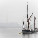 Early morning on the Thames by Sue Purveur
