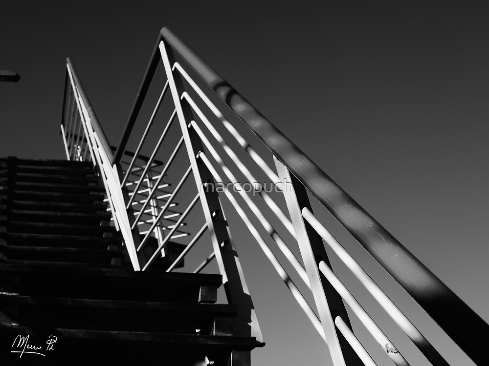 The staircase linear by marcopuch