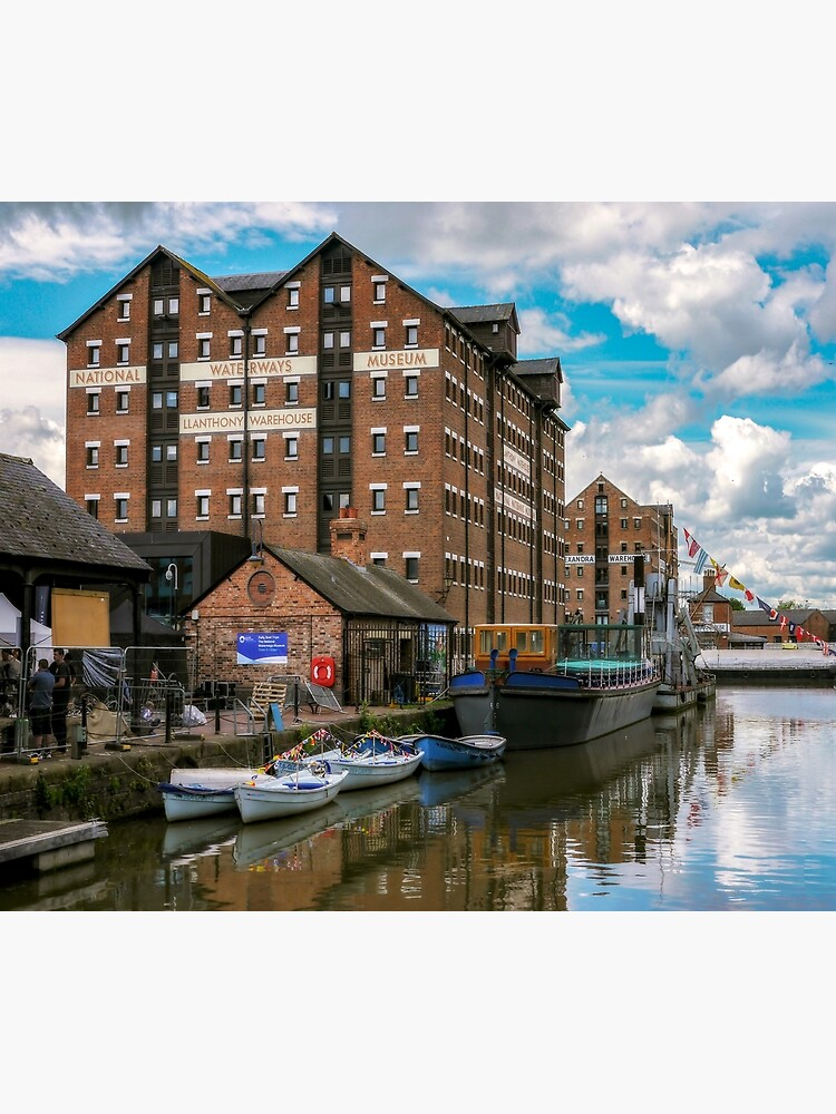 Gloucester Dock Reflections  by ScenicViewPics
