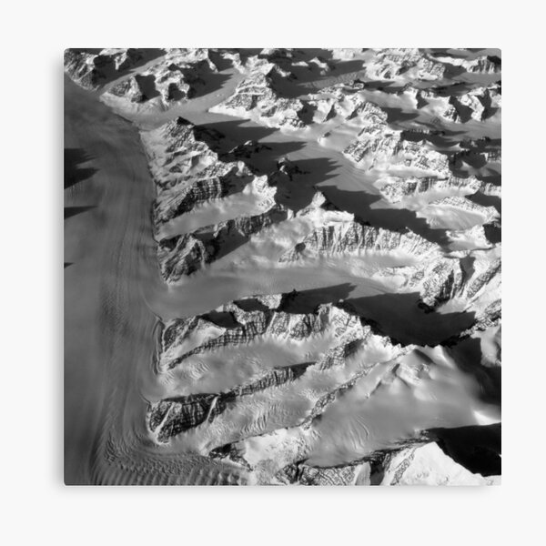 Mountain Ranges, Groenland Canvas Print