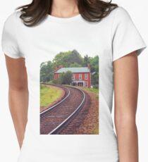 Jonesborough, Tennessee - Curved Train Tracks Women's Fitted T-Shirt