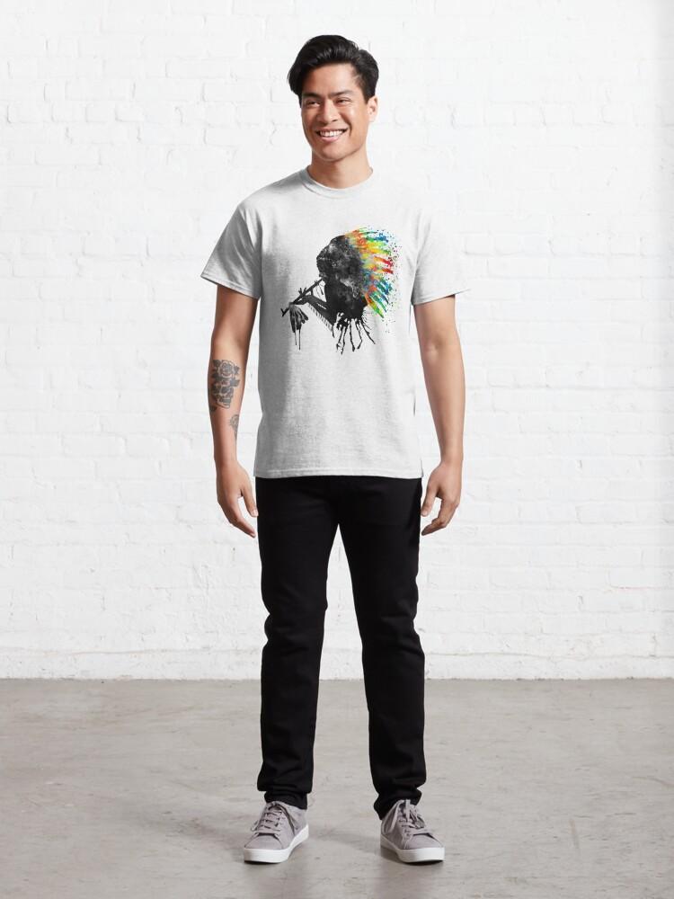 T-shirt classique ''Silhouette indienne avec coiffe colorée': autre vue