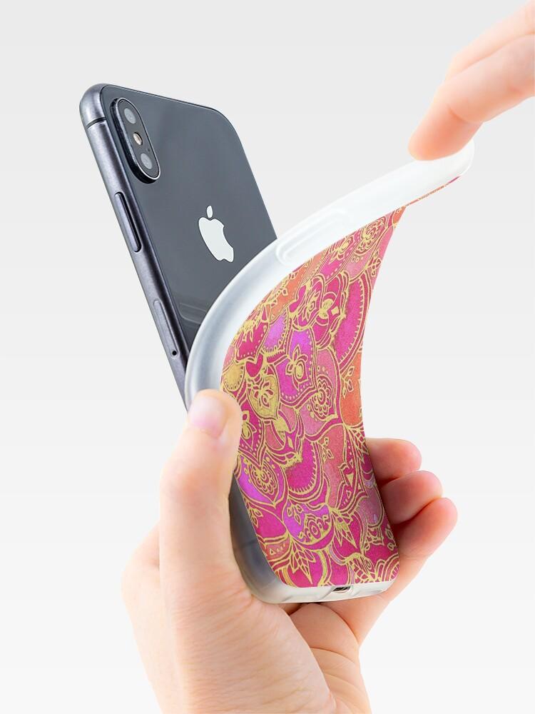Alternative Ansicht von Pink und Gold Barock Blumenmuster iPhone-Hülle & Cover